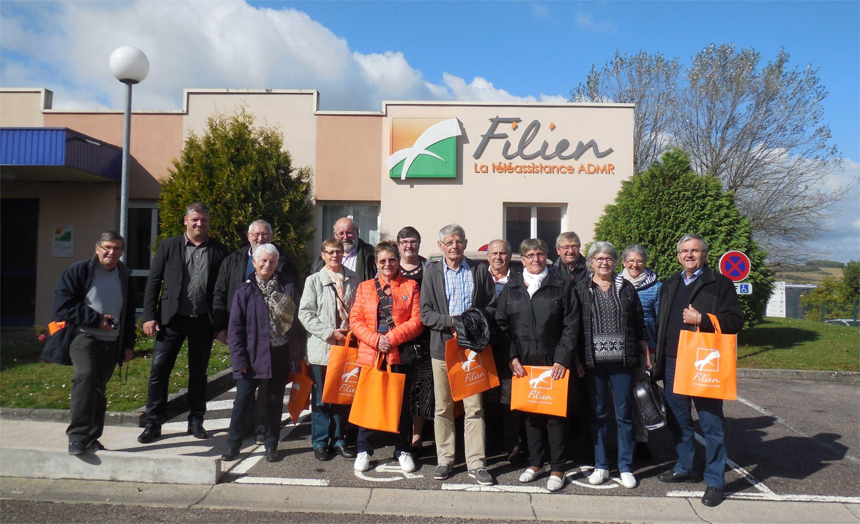 Les bénévoles en visite au centre Téléassistance FILIEN